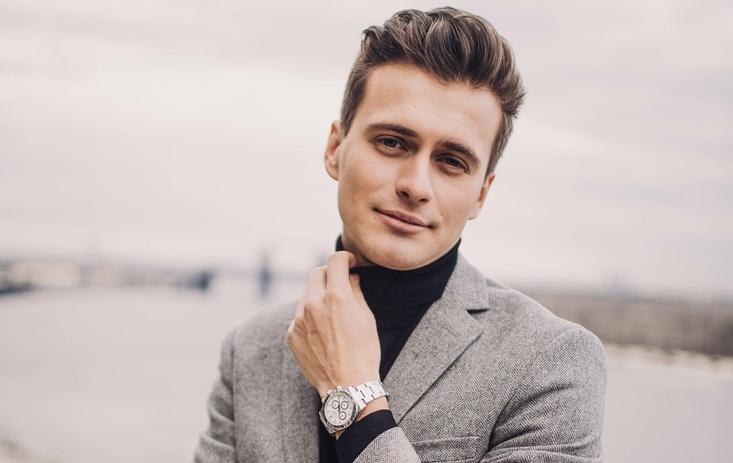 Актер и телеведущий Александр Скичко
