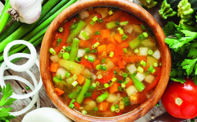 Простой рецепт супа с кабачками и фасолью