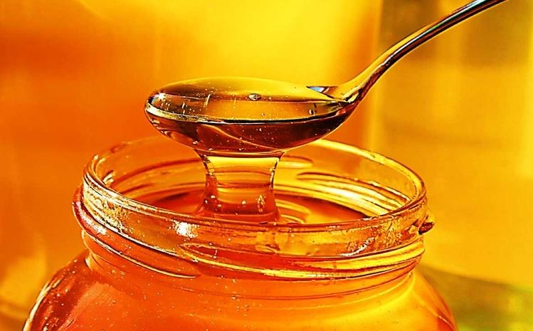 Стоит ли заменять сахар медом