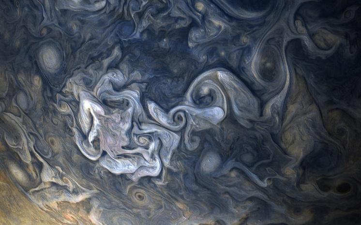Как выглядят облака Юпитера