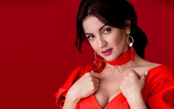 Певица и телеведущая Оля Цибульская