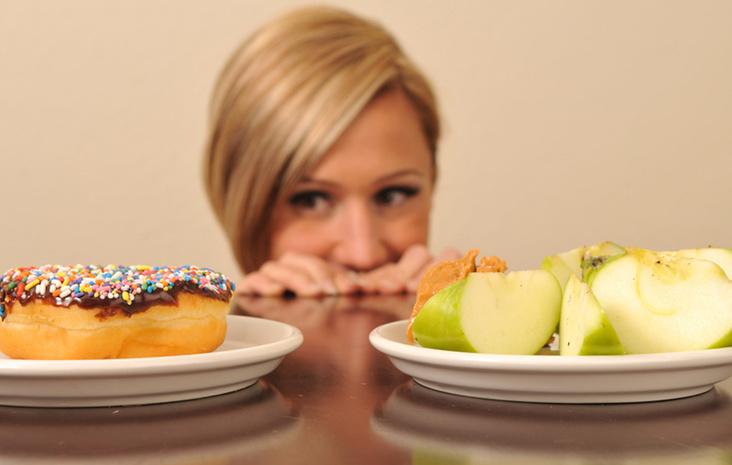 Овощи, специи и мясо: скрытые враги худеющих женщин