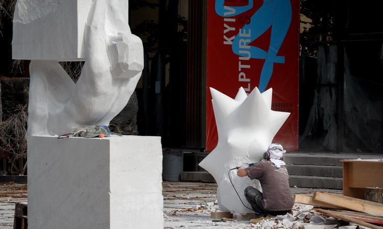 Известные скульпторы представят на ВДНГ свои работы