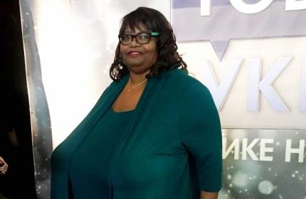 Фото девушки самой большой сиськой, порно куни пышке