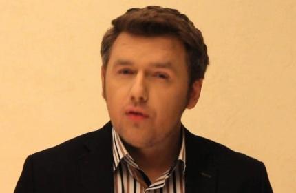 smotret-video-kak-muchayut-zhenshin