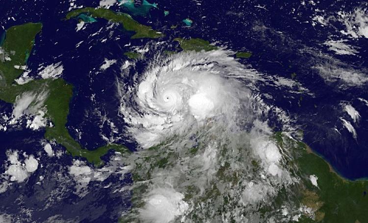 Обама объявил режимЧП вЮжной Каролине из-за урагана «Мэттью»