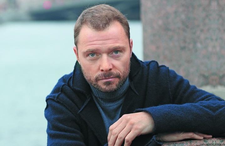 Актер Илья Носков