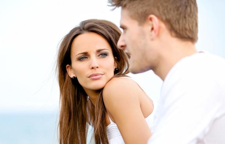 Ученые выяснили, чем опасно общение на грустные темы