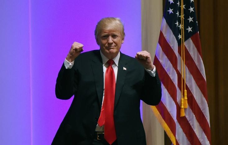 Трамп собирался сниматься вроли президента вфильме-катастрофе, однако предпочел выборы