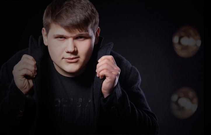 Певец Александр Порядинский