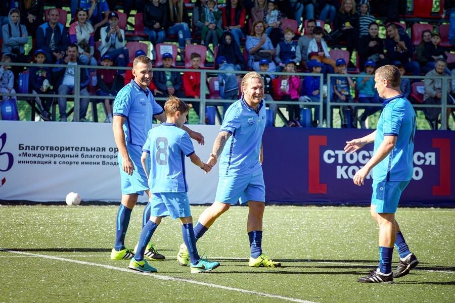 andrey-voronin-futbol-igra-i-igrat-nuzhno-ot-serdca-s-lyubovyu-3