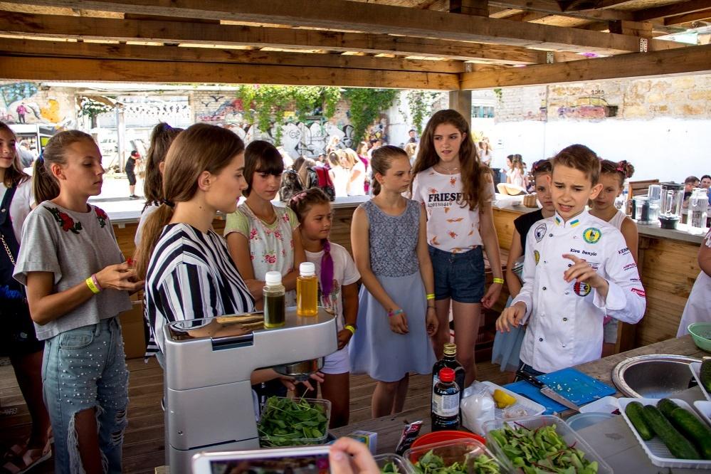 bashka-kids-awards-2018-stali-izvestny-imena-pobediteley-premii-5