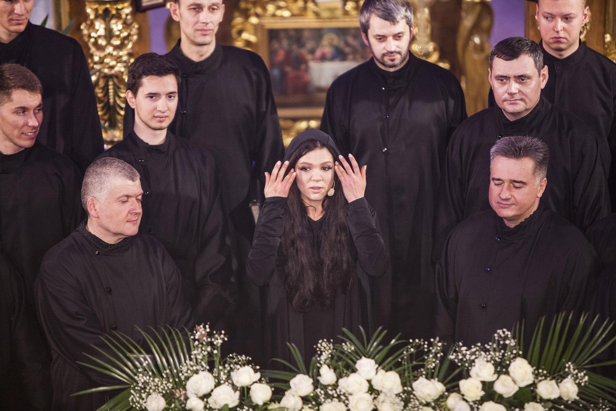ruslana-vozrodila-legendu-pro-chudotvornuyu-molitvu-1_01