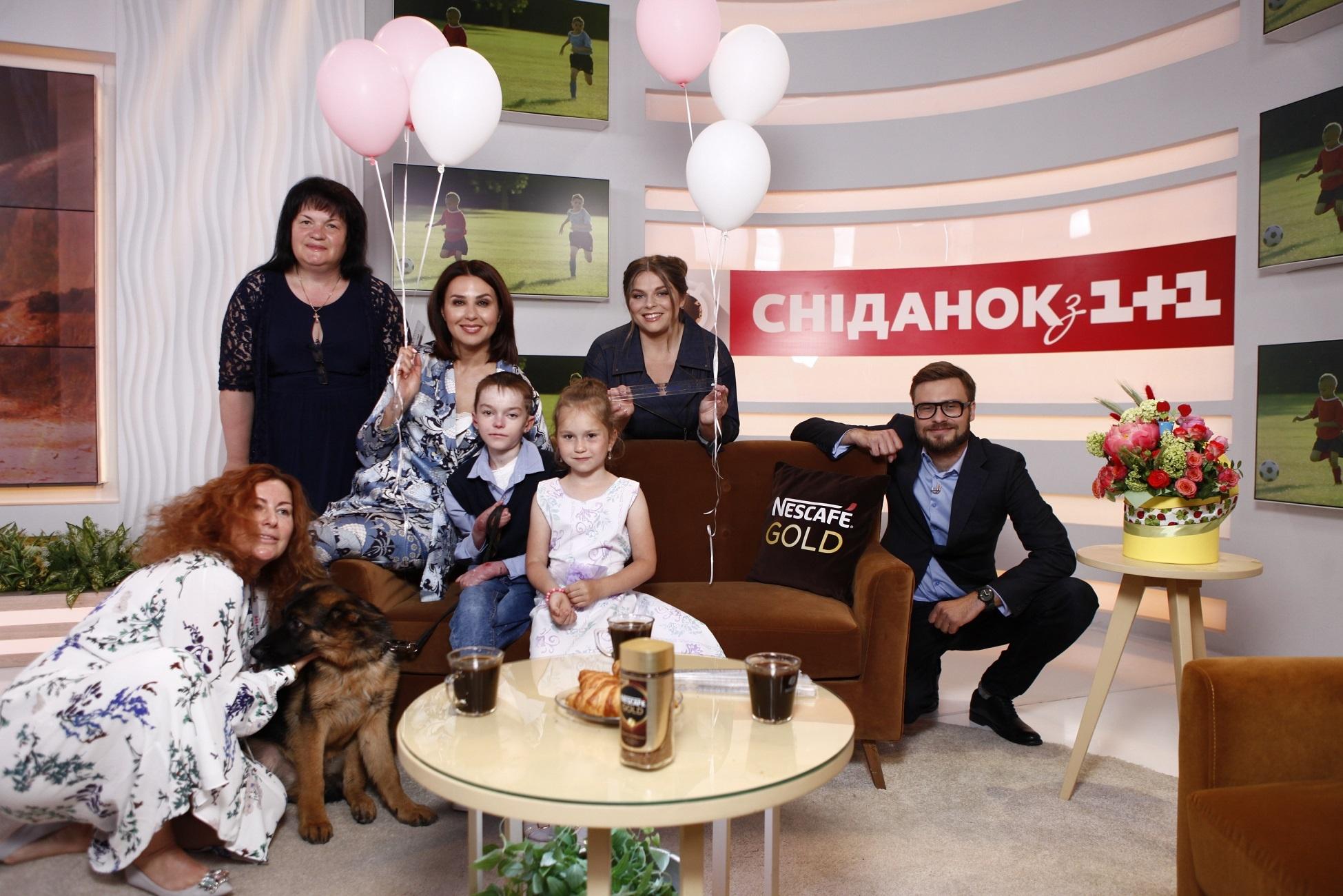 sndanok-z-11-i-natalya-moseychuk-sobirayut-sredstva-na-shkolu-supergeroev-3_01