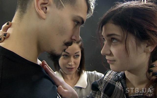 tancyuyut-vs-9-kto-pobedil-v-shou-30122016-video-1