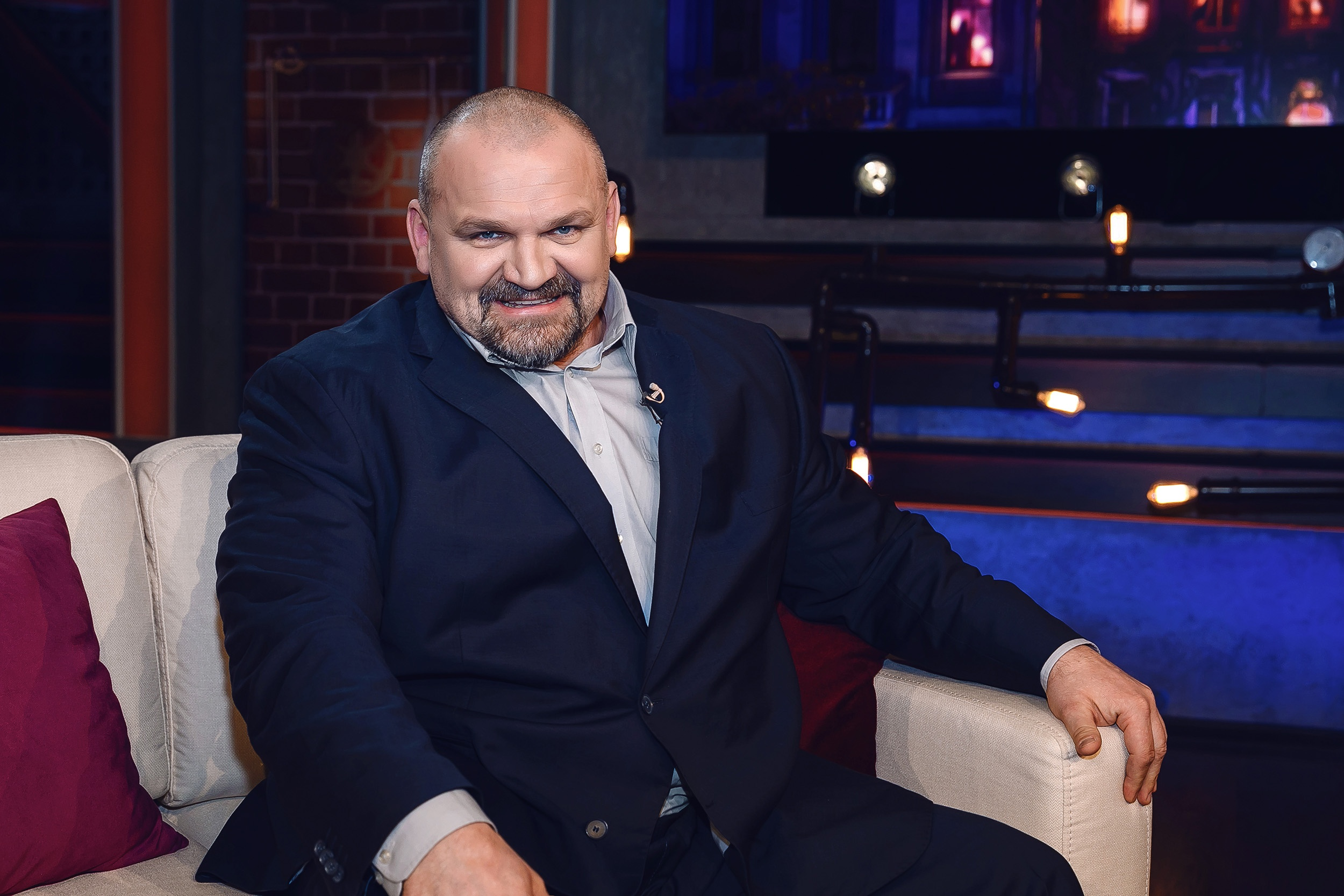 vasiliy-virastyuk-budet-hudet-pod-prismotrom-semi-uzelkovyh-2