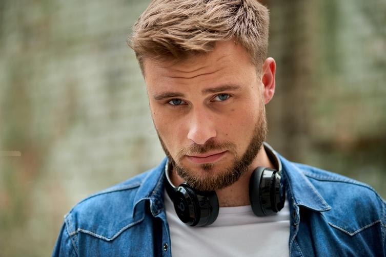 egor-gordeev-mne-komfortno-v-statuse-holostyaka-2