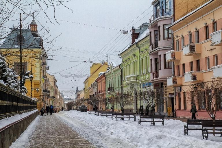 puteshestvuem-po-ukraine-s-valeriey-mikulskoy-chernovcy-2