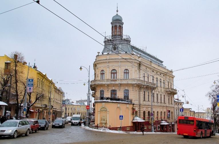 puteshestvuem-po-ukraine-s-valeriey-mikulskoy-chernovcy-3