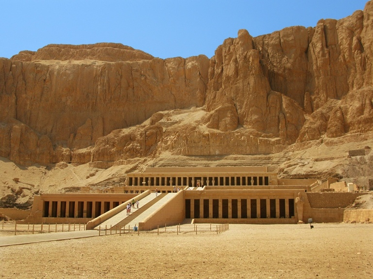 top-5-maloizvestnyh-mest-v-egipte-3