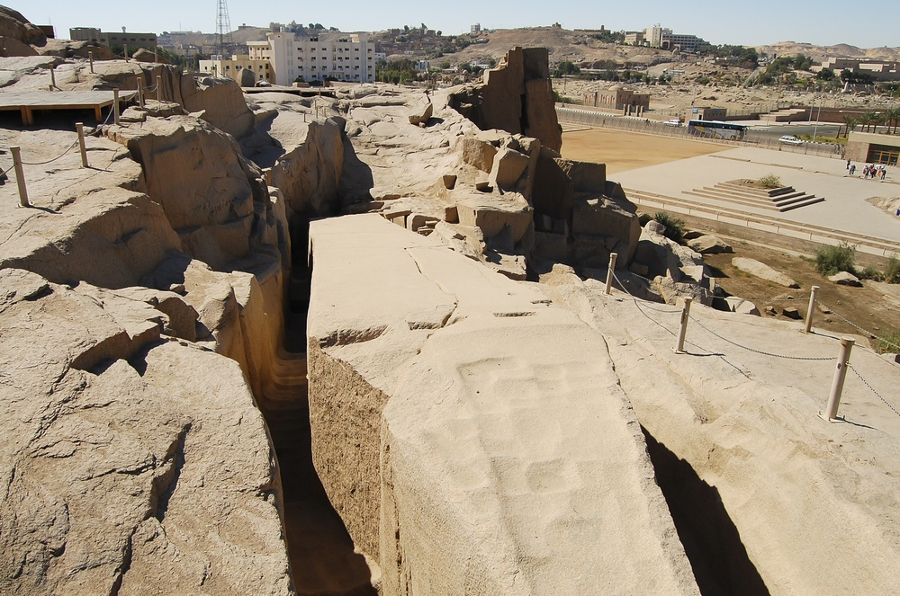 top-5-maloizvestnyh-mest-v-egipte-4