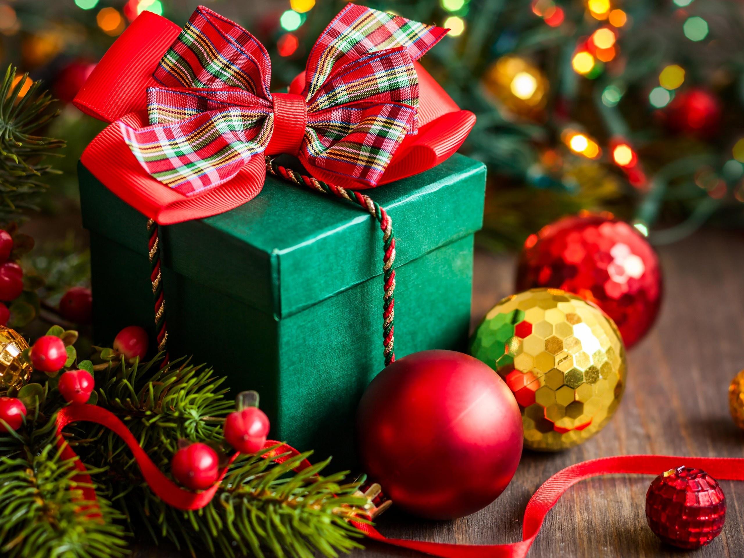 2560x1920_merry-christmas-gift-box