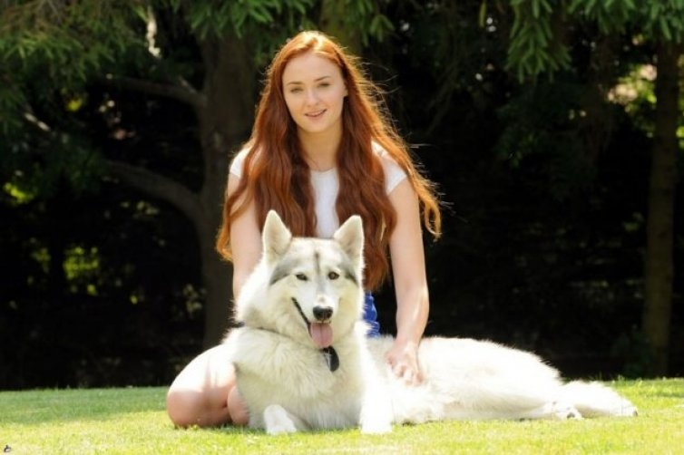 x1-sophie_turner-game_of_thrones-actress-jpg.jpg.pagespeed.ic.5ppbz55upr_754x502