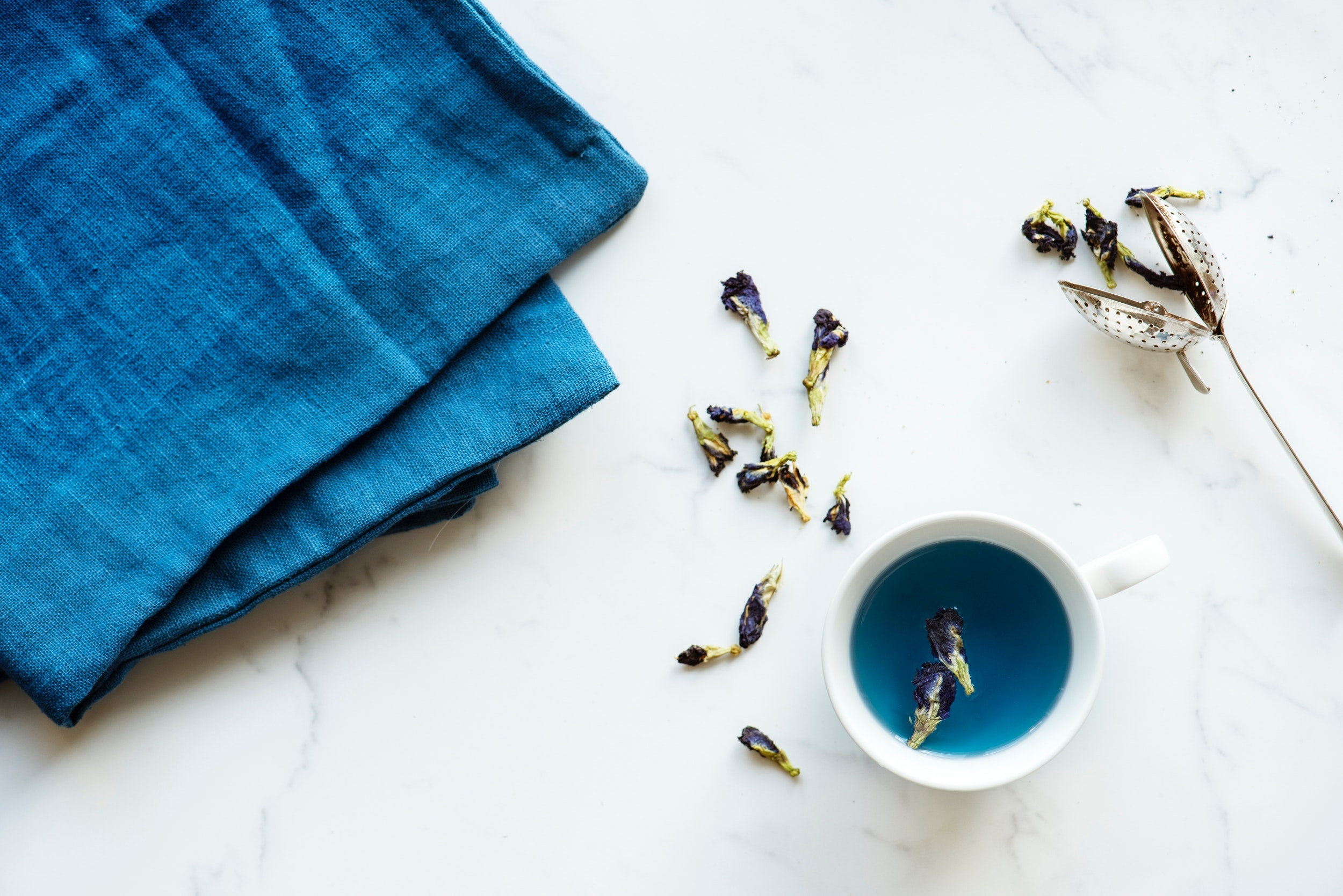 beverage-blue-cup-920120