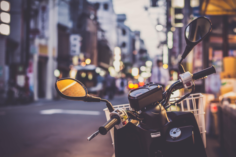 bike-blue-blur-595879