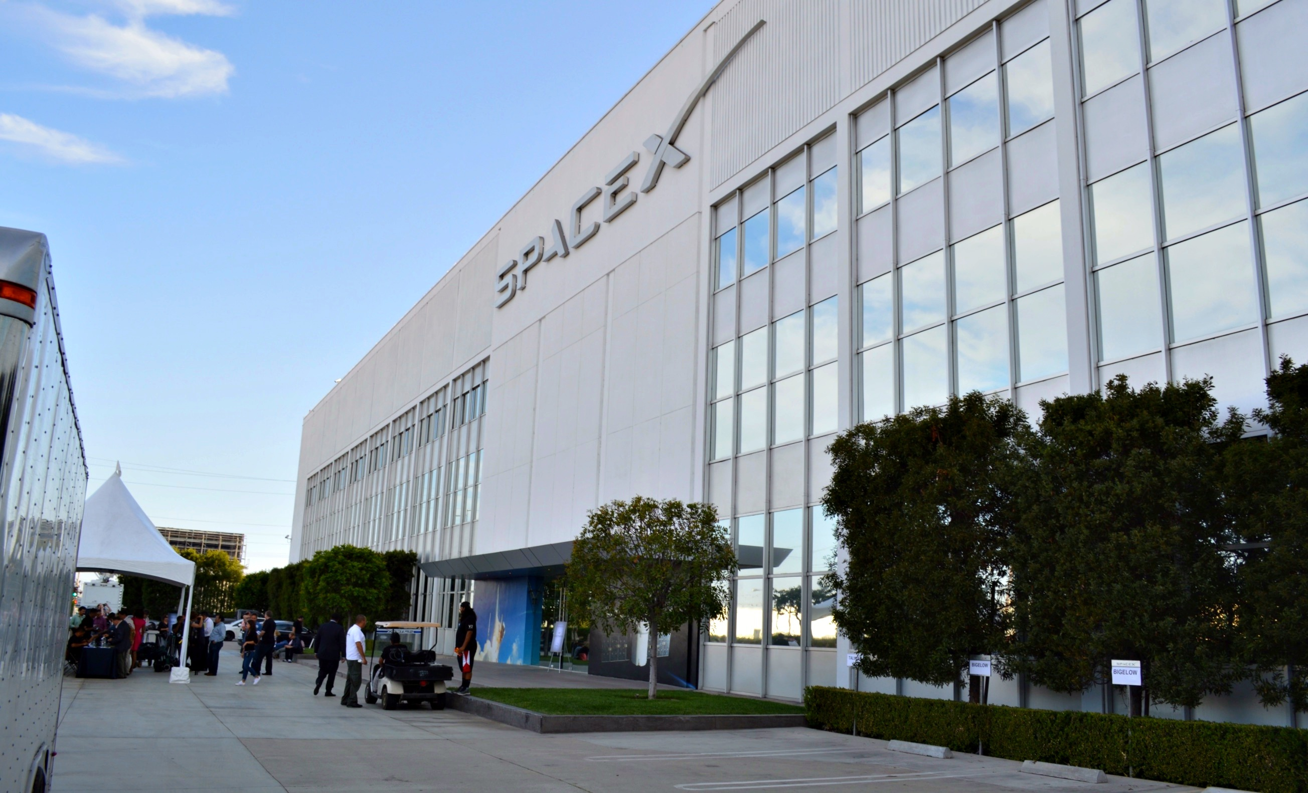 spacex-headquarters-hawthorne_2
