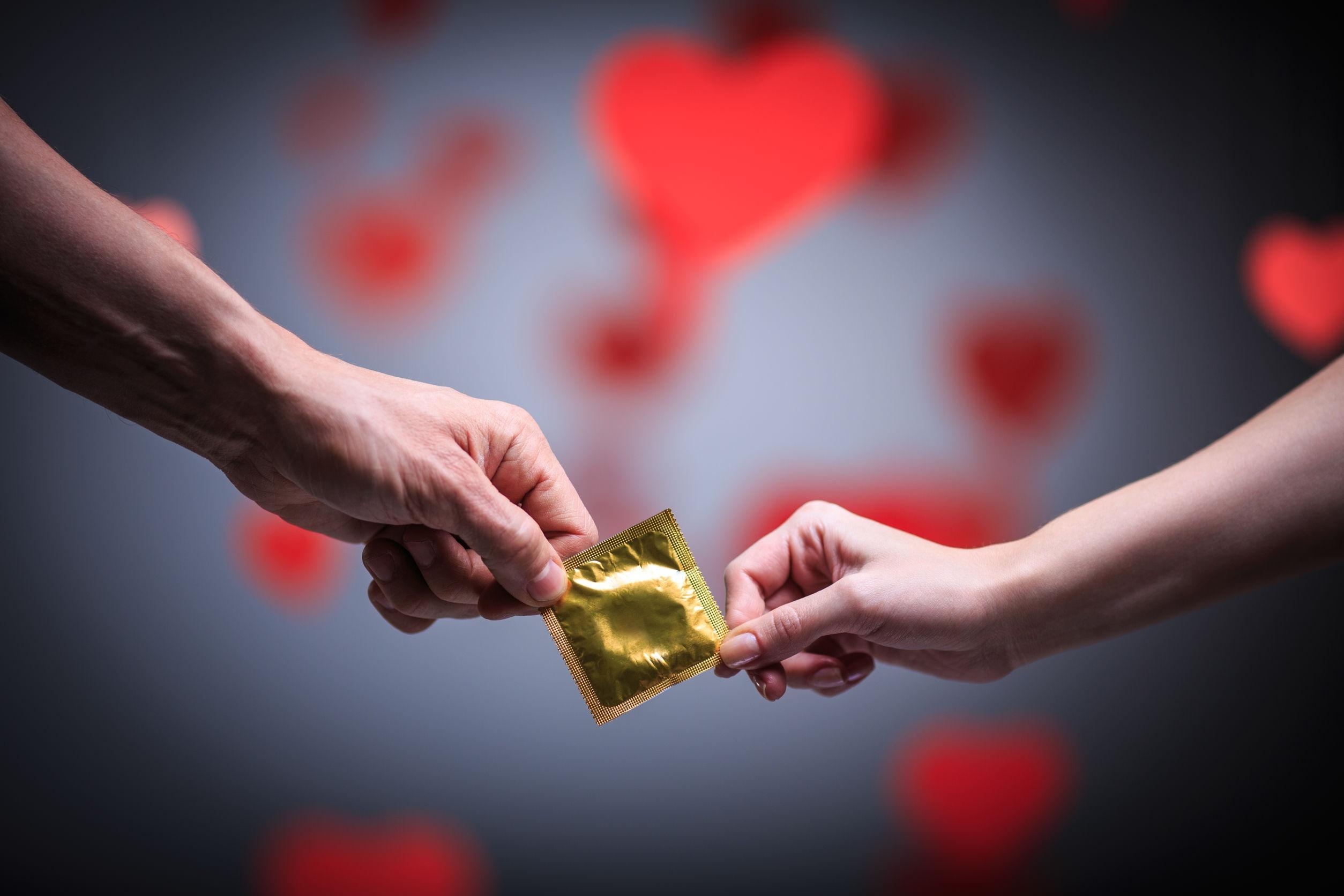 1515417383_poyuschie-prezervativy