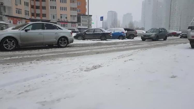 depositphotos_187555030-stock-video-ukraine-kiev-january-2018-winter_