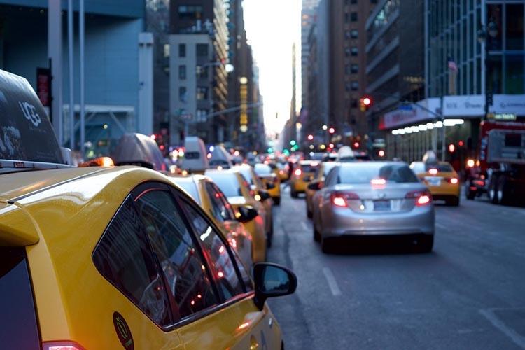 taxi-1209542_960_720_