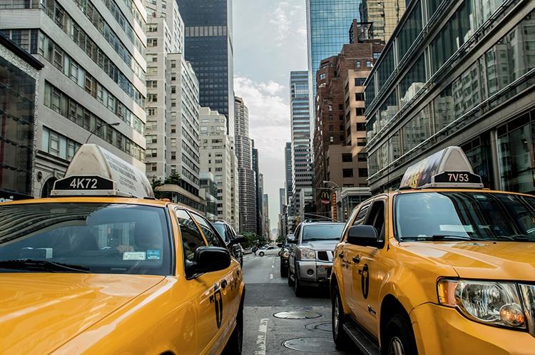 taxi-cab-381233_1920_