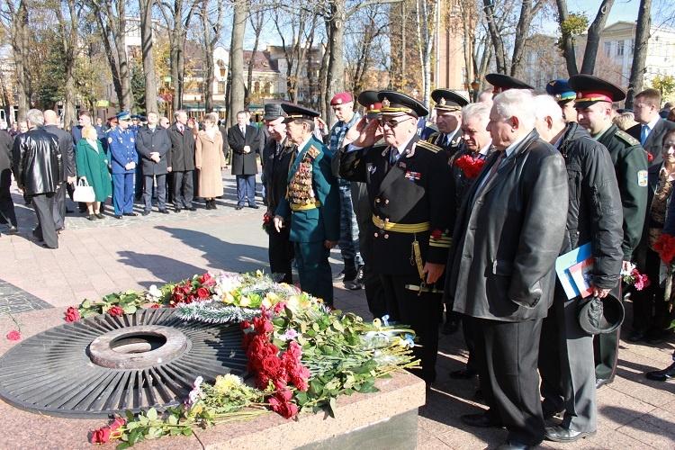 den-osvobozhdeniya-ukrainy-ot-fashistskih-zahvatchikov-2016-istoriya-i-tradicii1