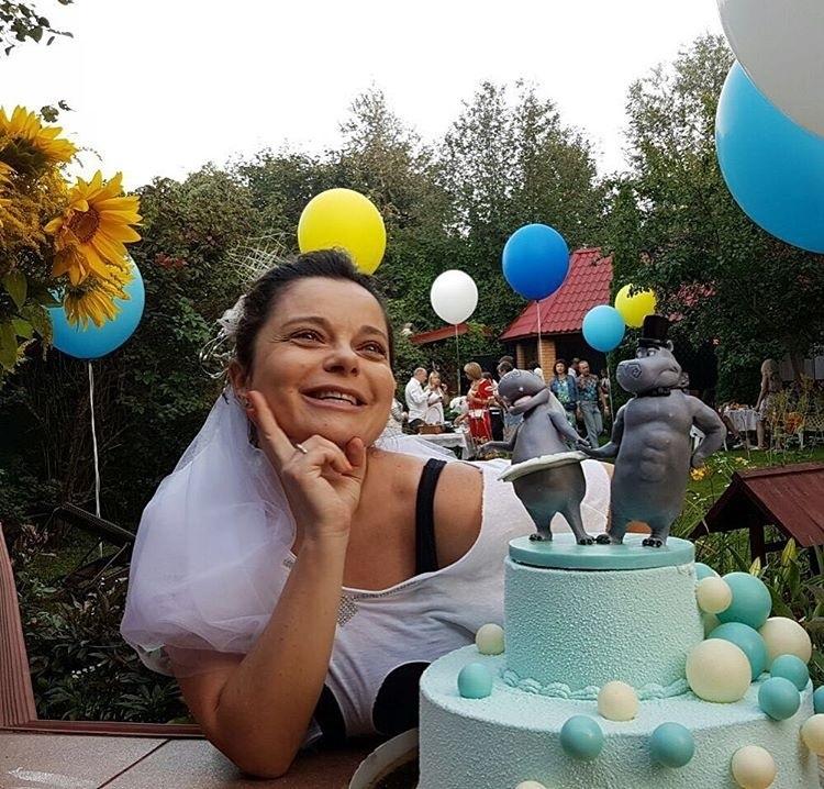 natasha-koroleva-isportila-godovshchinu-sobstvennoy-svadby2